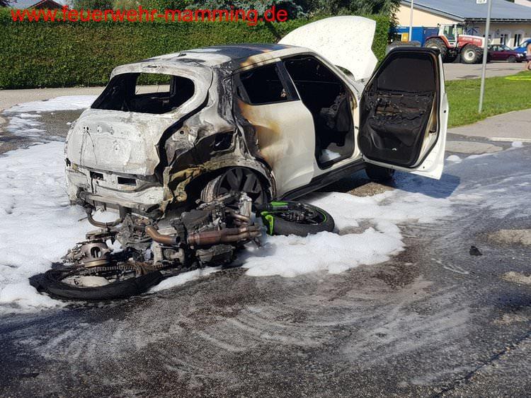 schwerer VU mit Motorrad und 2 PKW`s, 09.08.2019
