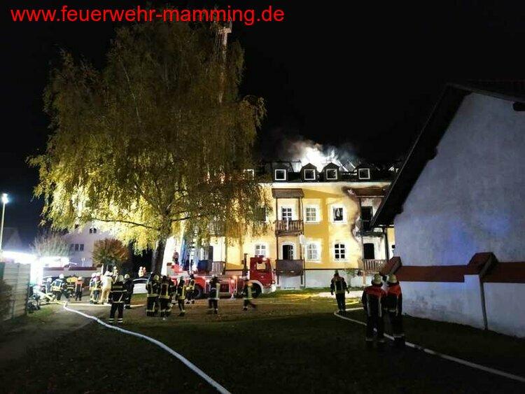 Brand eines Mehrfamilienhaus, 23.10.2021